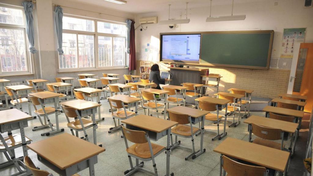 Le gouvernement sur le point de fermer les écoles